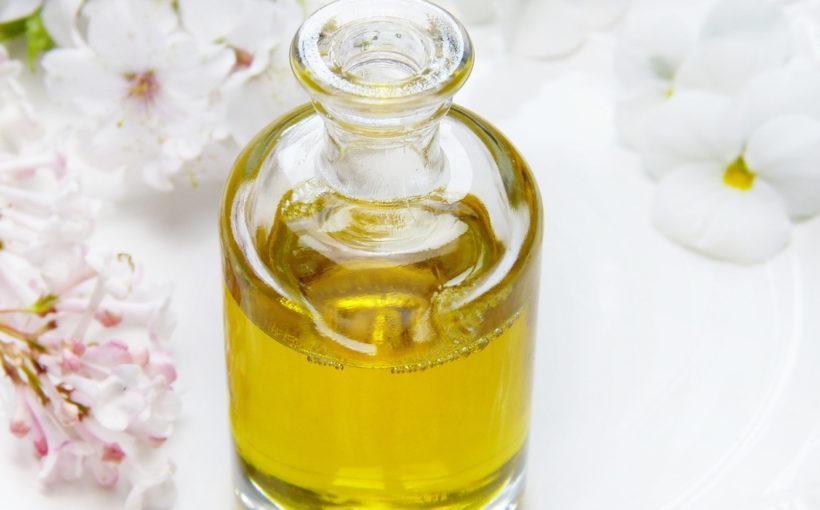 Quelles huiles essentielles pour les massages ?